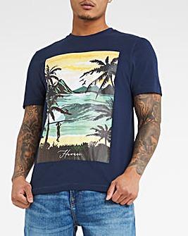 Landscape Graphic T-shirt Long