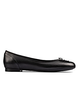 Clarks Patale Pump Standard Fitting Shoes