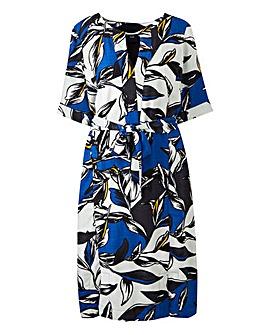 I.Scenery Vigga Leaf Print Dress