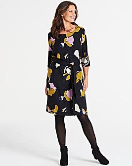 I.Scenery Floral Knee Length Dress