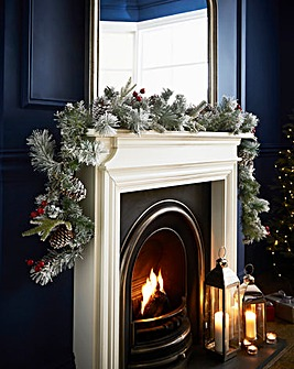 Luxury Berry and Cone 2.7m Garland