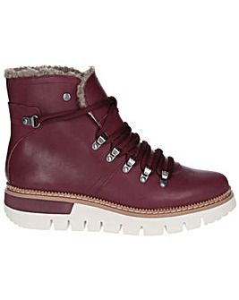 CAT Lifestyle Attention Fur Boot