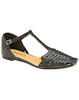 Ravel Calhoun Flat Leather Sandals