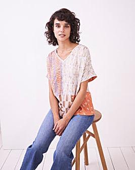 White Stuff Isla V-Neck T-Shirt