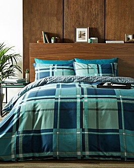 Chesney Green Duvet Cover Set