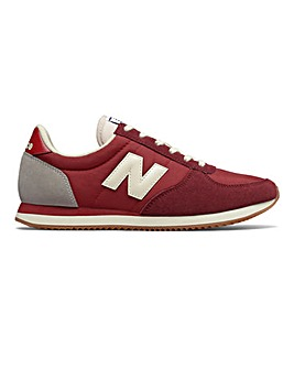 New Balance 220 Trainers