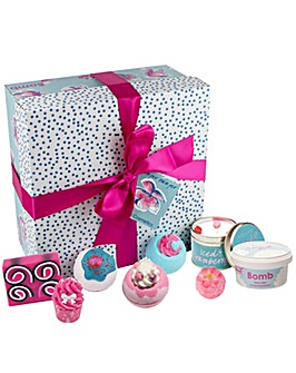 Bomb Cosmetics Pamper Hamper