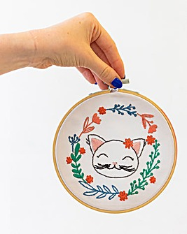 Threaders - Embroidery Kit - Cat
