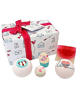 Bath Bomb Jar of Hearts Gift Pack