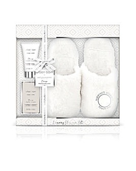 BH Urban Barn Slipper Set