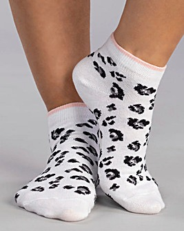 Boux Avenue 3 Pack Leopard Trainer Socks