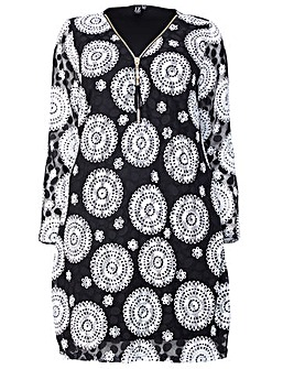 Izabel London Curve Printed Zip Dress