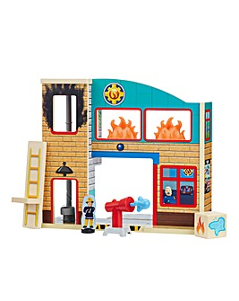 Fireman Sam Fire Station with Figures