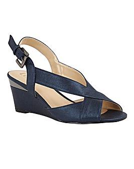 Lotus Dominica Shoes Standard D Fit