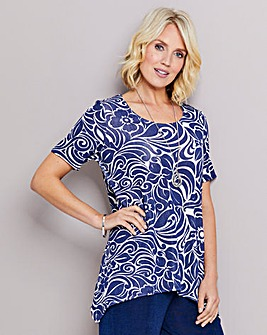 Slinky Hanky Hem Top With Necklace