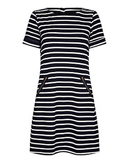 Yumi Curves Nautical Navy Stripe Zip Poc