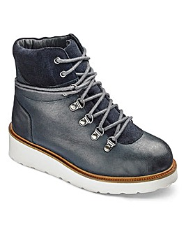 Sole Diva Hiker Boots Wide E Fit