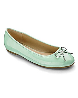 Heavenly Soles Bow Ballerinas E Fit