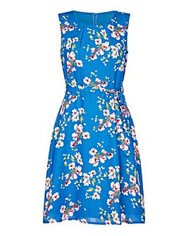 Yumi Curves Floral Skater Dress