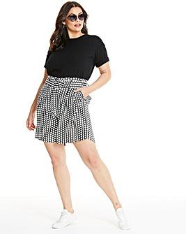 Glamorous Curve Polka Dot Short