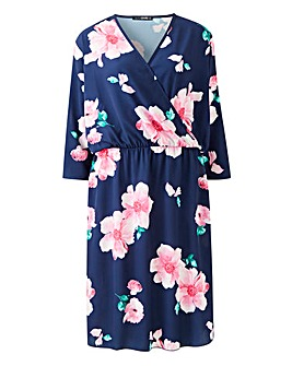 Quiz Curve Floral Wrap Dress