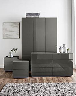 Allure Gloss 4 Piece Bedroom Package(2xBedside, 6 Drawer Chest, 3 Door Wardrobe)