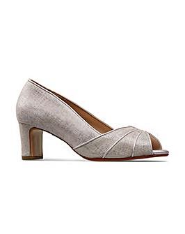 Van Dal Tomlin Court Shoes Wide E Fit