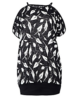 Izabel London Curve Leaf Print Top
