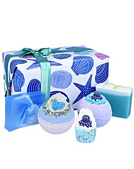 Bomb Cosmetics Mermaid Tails & Seashells Gift Set