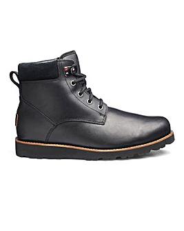 UGG Seton Boots