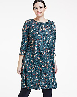 Floral Print Long Sleeved Swing Dress