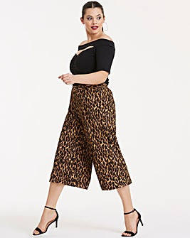 Leopard Print Crepe Wide Leg Culottes