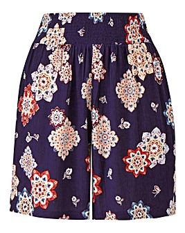 Petite Print Crinkle Shorts