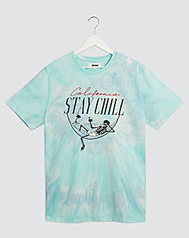 Chill Skull Tie Dye Graphic T-Shirt