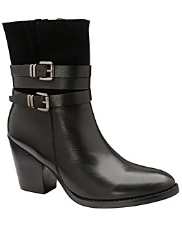 Ravel Shores Leather Ankle Boots