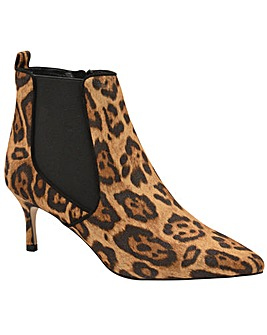 Ravel Cheviot Ankle Boots Standard D Fit