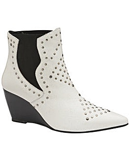 Ravel Reefton Leather Wedge Ankle Boots