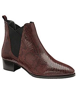 Ravel Loburn Ankle Boots Standard D Fit