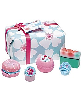 Bomb Cosmetics Sky High Bath Bomb Gift Set