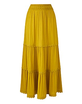 Petite Crochet Trim Tiered Maxi Skirt