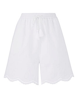 Broderie Anglais Scalloped Shorts