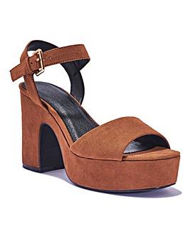 Platform Sandal Standard Fit