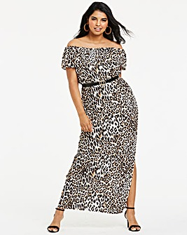 Quiz Curve Leopard Printed Maxi Dress
