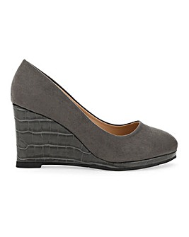 Cheri Wedge Courts Wide E Fit