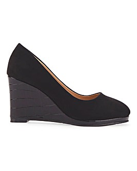 Cheri Wedge Courts Extra Wide Fit