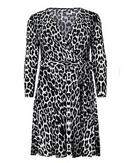 Mela London Curve Leopard Print Wrap Dre