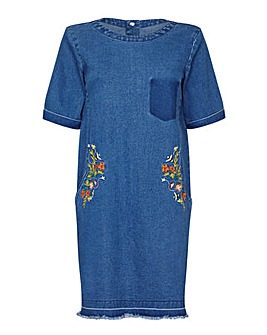 Yumi Curves Embroidered Bee Denim Dress
