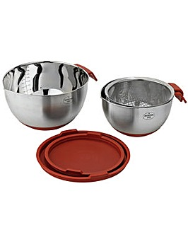 Nesting Bowls and Sieve Set