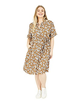 Yumi Curves Floral Shirt Dress in Brown