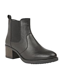 Lotus Rubay Chelsea Boots